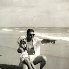 Photo10daddy-showing-me-the-world-1957-2